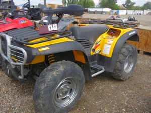 Bombardier 500  Traxter XT 4x4, 1642 Hours With Winch